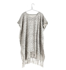 Poncho, natural w/light grey flowers