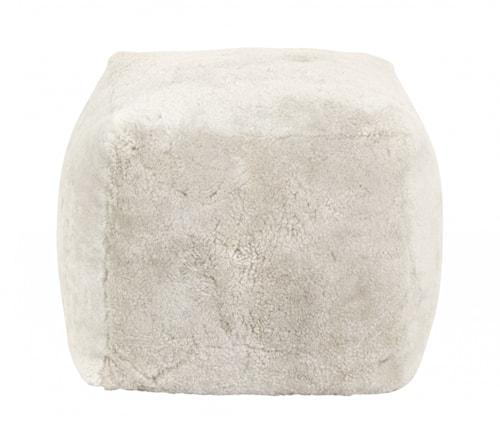 Sheep skin puff, col. white