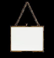 Hanging photo frame